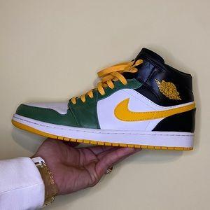 Rare Jordan 1 Mid